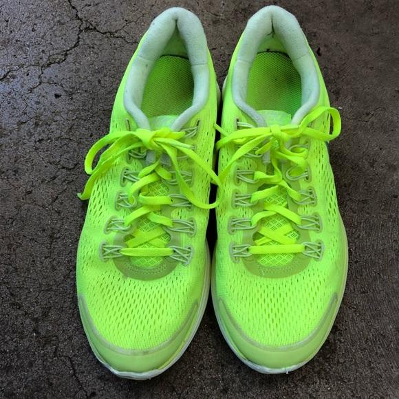 NIKE Mesh Running Shoes Mens 8.5 Neon Yellow
